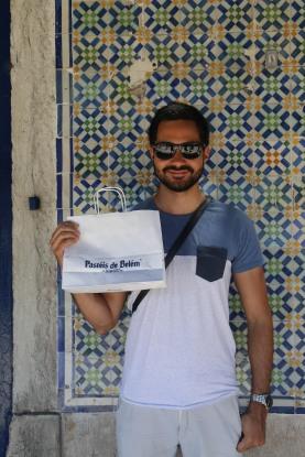 Dan at Pasteis de Belem